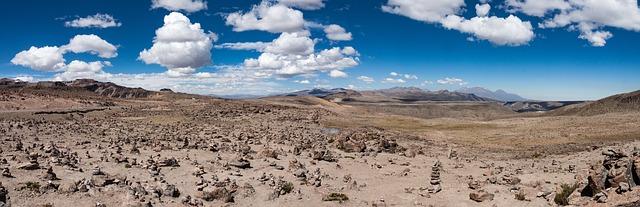 Les montagnes de patapama au pérou